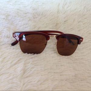 haus of vintage 1984 Accessories - Brown Plastic Wayfarer Style Sunnies Sunglasses